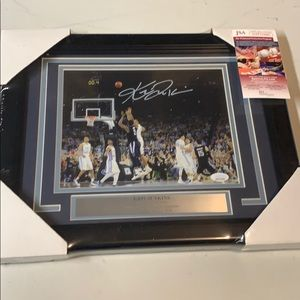 Other - Kris Jenkins Signed Villanova photo Framed JSA